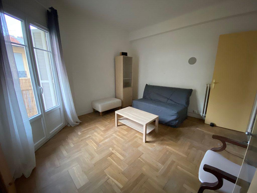 Appartement à louer 2 42.49m2 à Nice vignette-1
