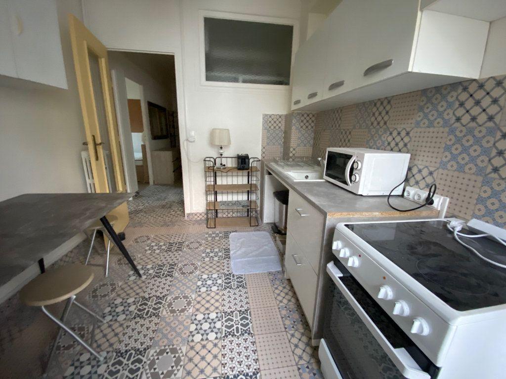 Appartement à louer 2 42.49m2 à Nice vignette-2