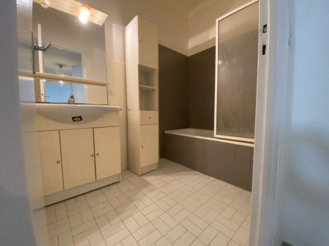 Appartement à louer 2 50.87m2 à Nice vignette-4