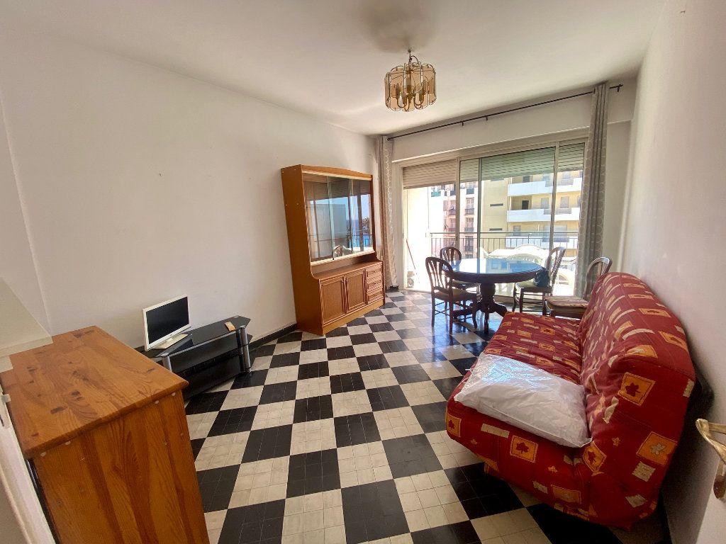 Appartement à louer 1 34.57m2 à Nice vignette-2