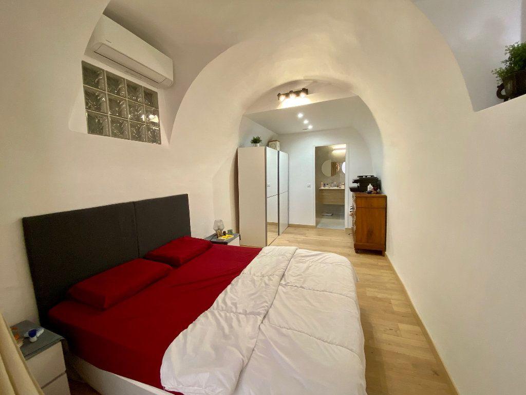 Appartement à louer 3 74.15m2 à Nice vignette-5