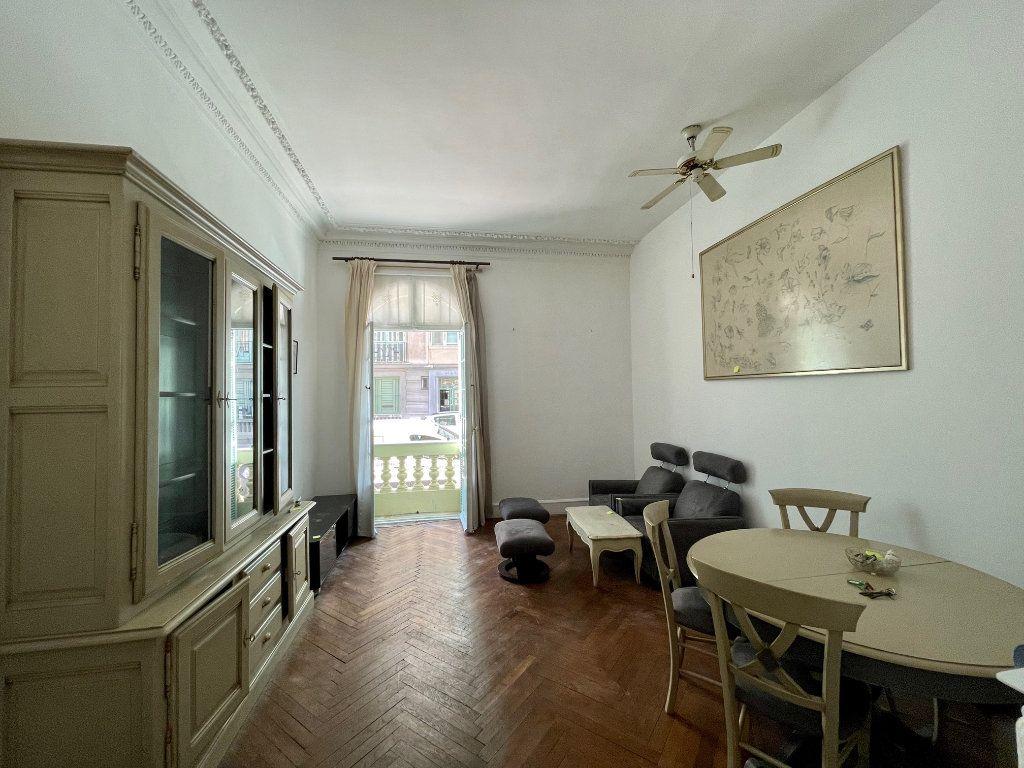 Appartement à louer 4 95.55m2 à Nice vignette-4