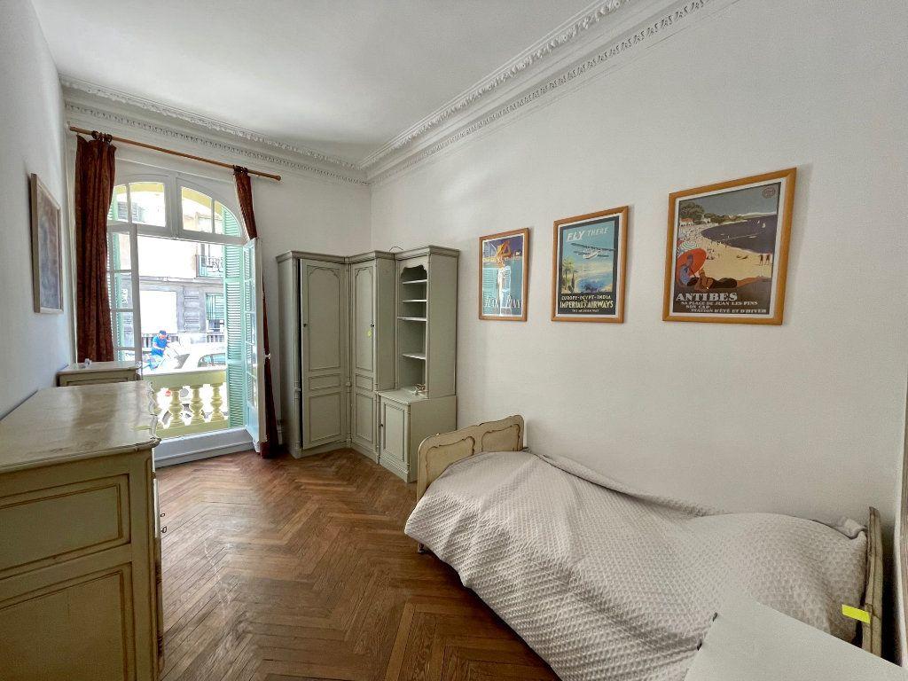 Appartement à louer 4 95.55m2 à Nice vignette-6
