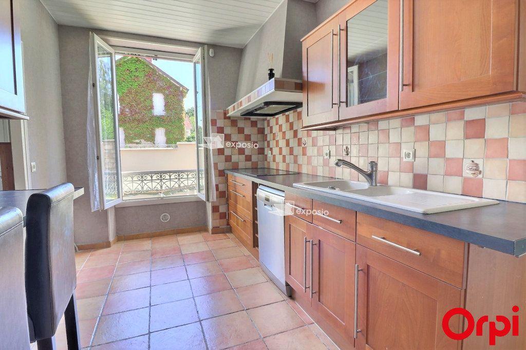 Maison à vendre 6 126m2 à Cesson vignette-2
