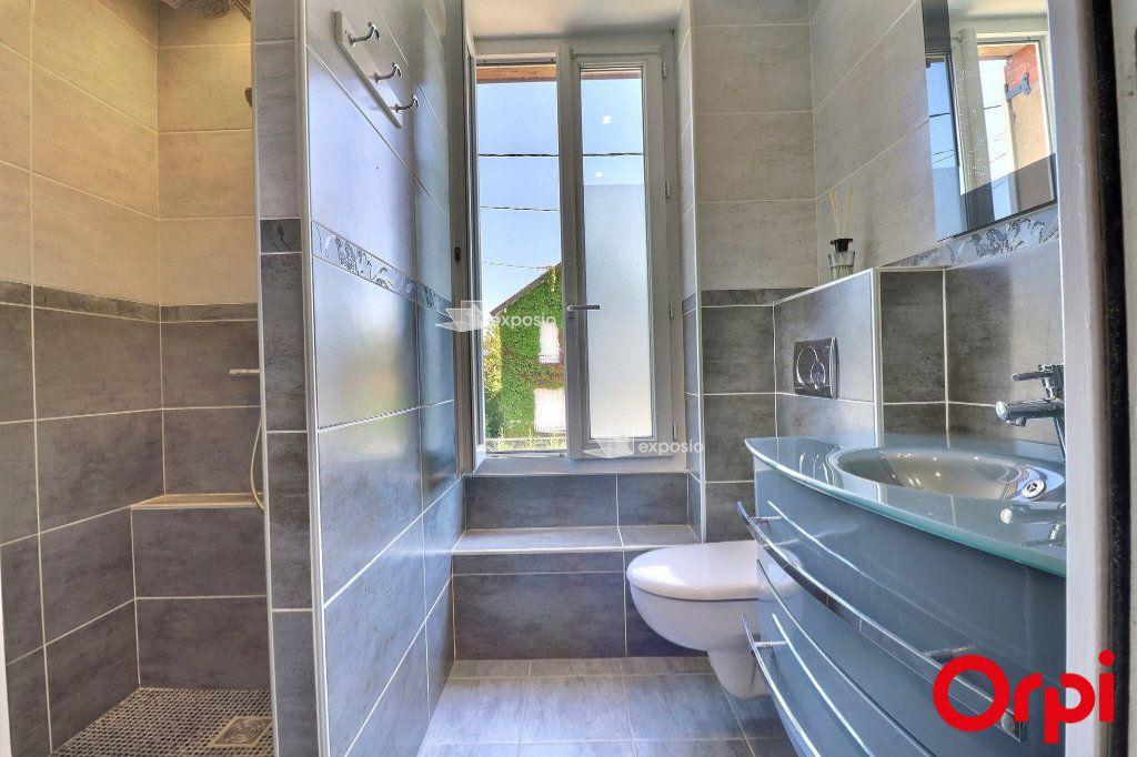 Maison à vendre 6 126m2 à Cesson vignette-4