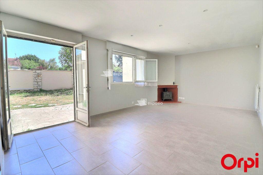 Maison à vendre 6 126m2 à Cesson vignette-5