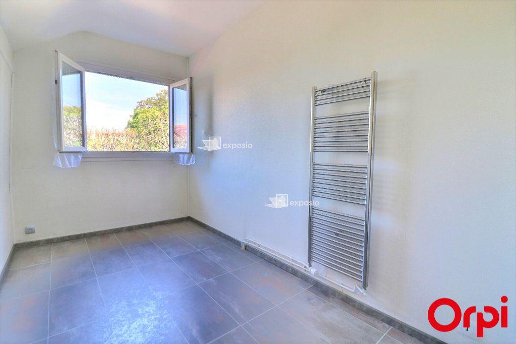 Maison à vendre 6 126m2 à Cesson vignette-13