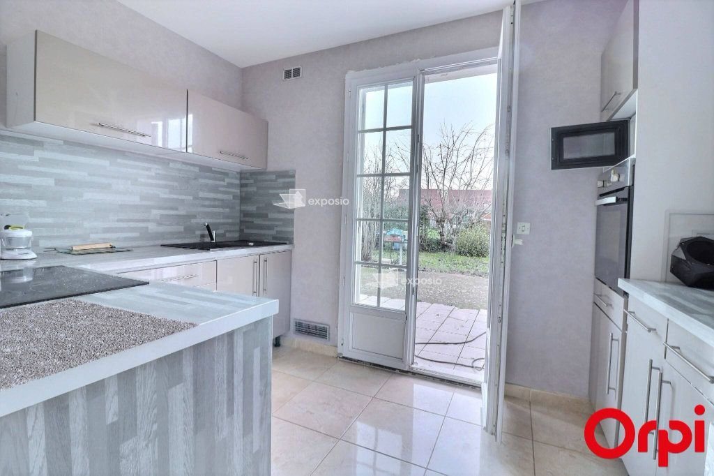 Maison à vendre 5 128m2 à Savigny-le-Temple vignette-8