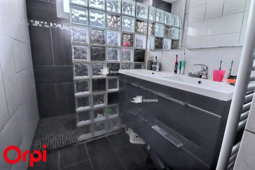 Maison à vendre 5 128m2 à Savigny-le-Temple vignette-9