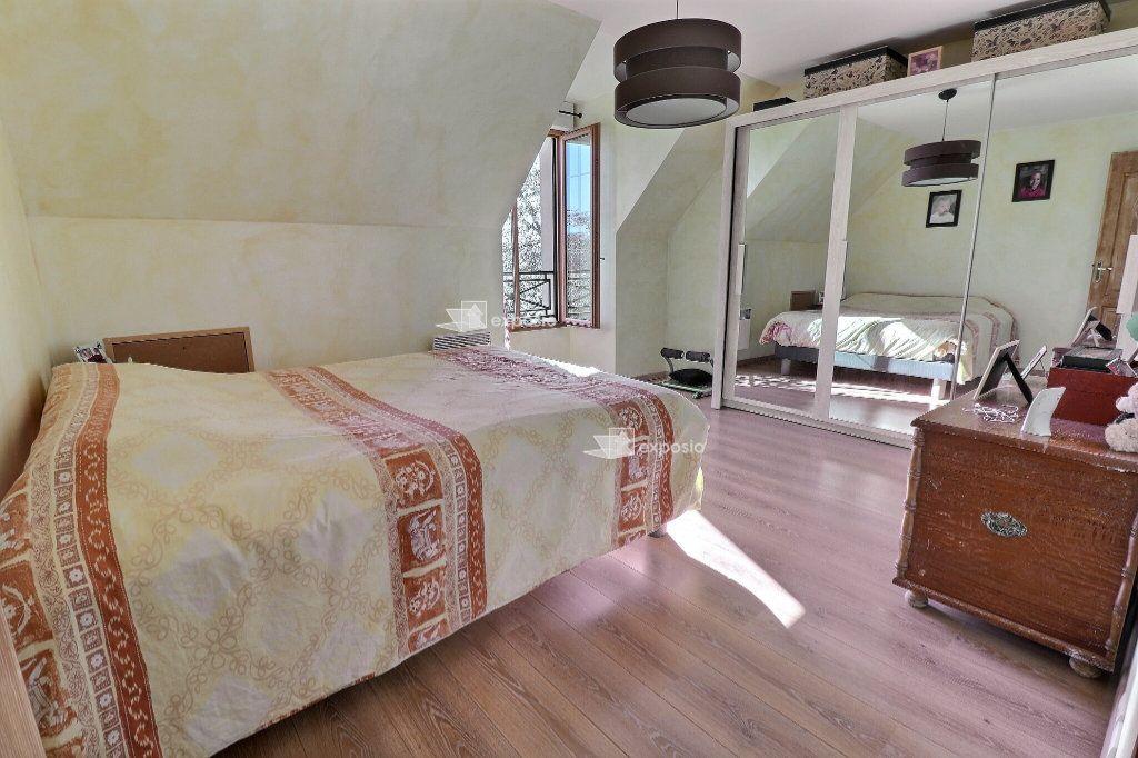 Maison à vendre 5 110m2 à Le Mée-sur-Seine vignette-8