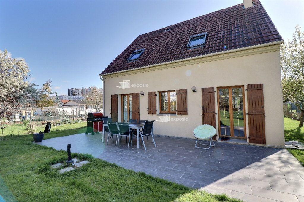 Maison à vendre 5 110m2 à Le Mée-sur-Seine vignette-13