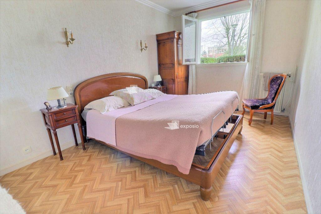 Appartement à vendre 4 94m2 à Le Mée-sur-Seine vignette-4