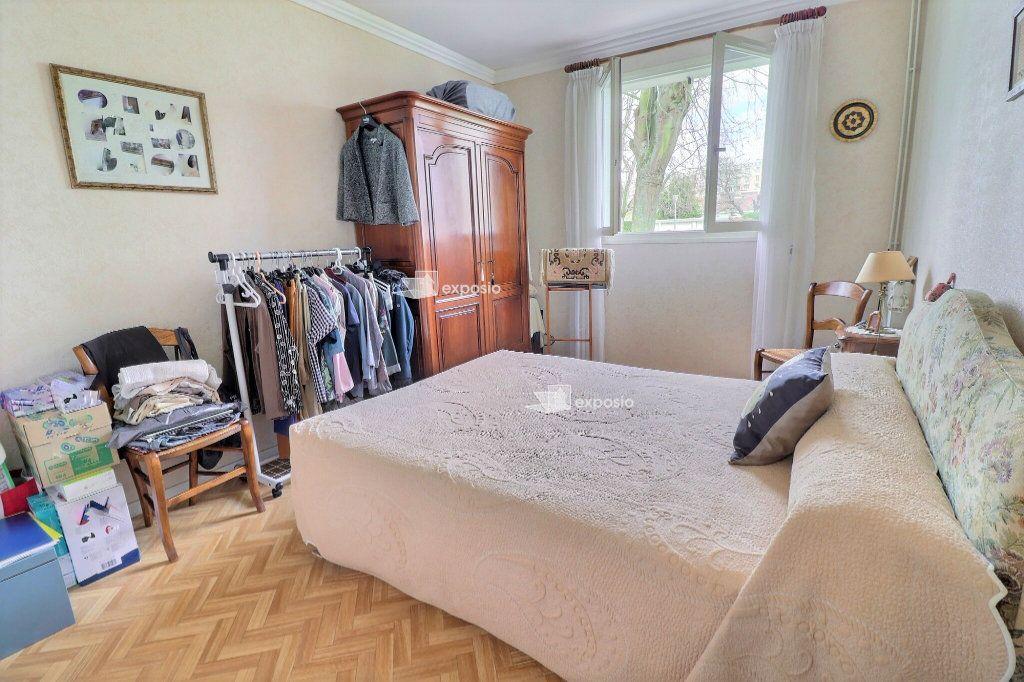 Appartement à vendre 4 94m2 à Le Mée-sur-Seine vignette-5