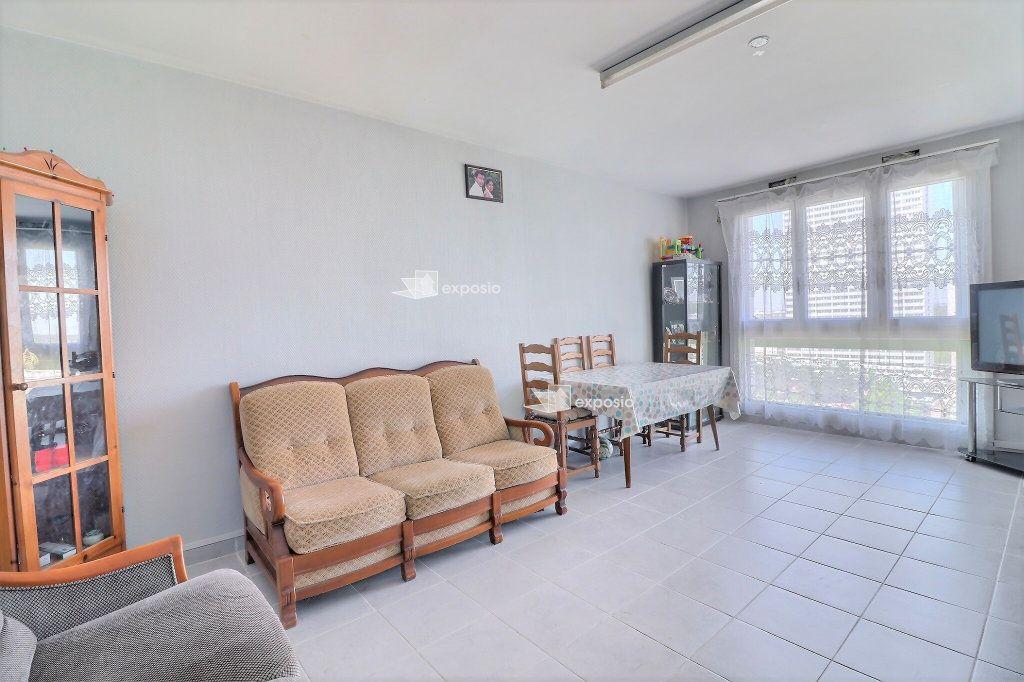 Appartement à vendre 4 85.88m2 à Champigny-sur-Marne vignette-1
