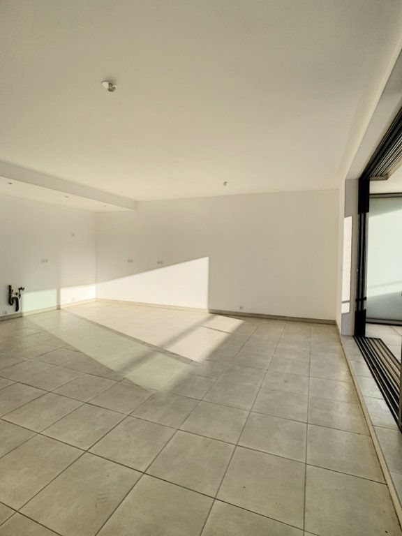 Appartement à vendre 3 86.7m2 à Porto-Vecchio vignette-2