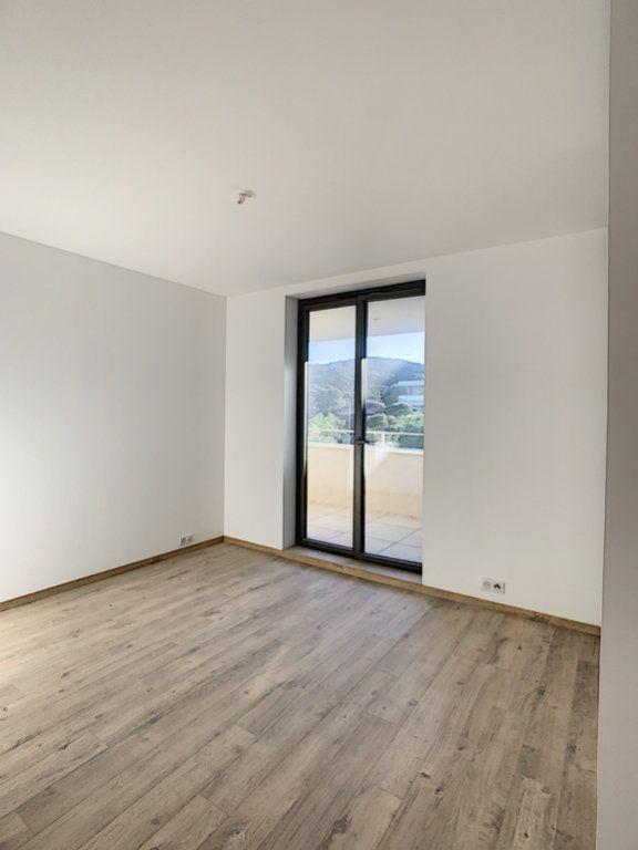 Appartement à vendre 3 86.7m2 à Porto-Vecchio vignette-7