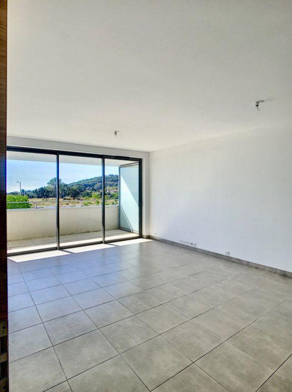 Appartement à vendre 4 93.8m2 à Porto-Vecchio vignette-1