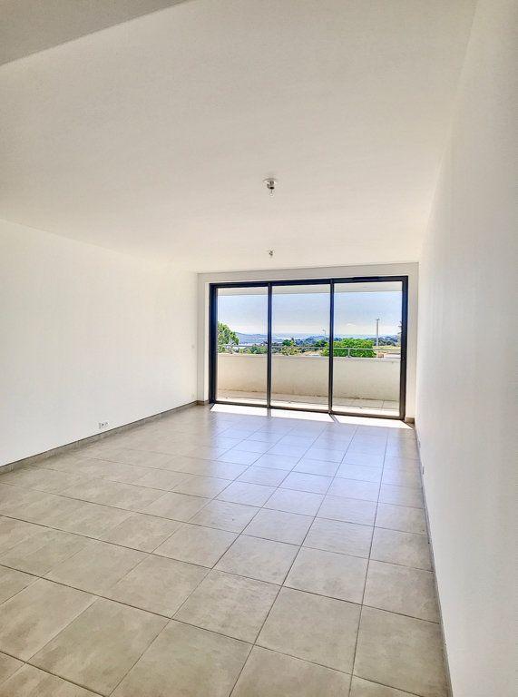 Appartement à vendre 4 93.8m2 à Porto-Vecchio vignette-3