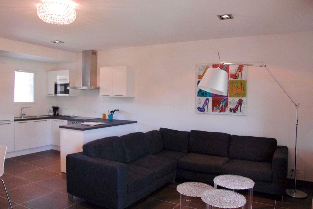 Appartement à vendre 4 94m2 à Zonza vignette-3