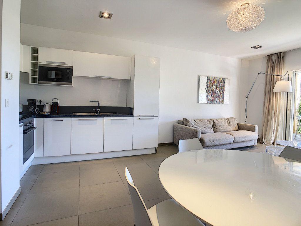 Appartement à vendre 3 73m2 à Zonza vignette-4