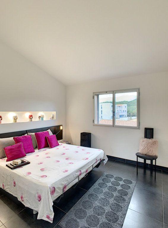 Appartement à vendre 4 138.67m2 à Porto-Vecchio vignette-8