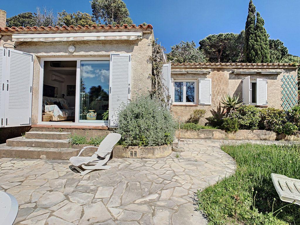 Maison à vendre 4 142m2 à Porto-Vecchio vignette-1