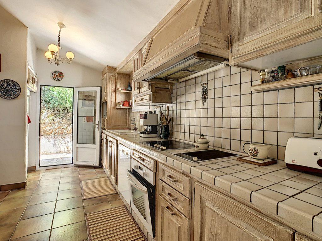 Maison à vendre 4 142m2 à Porto-Vecchio vignette-4