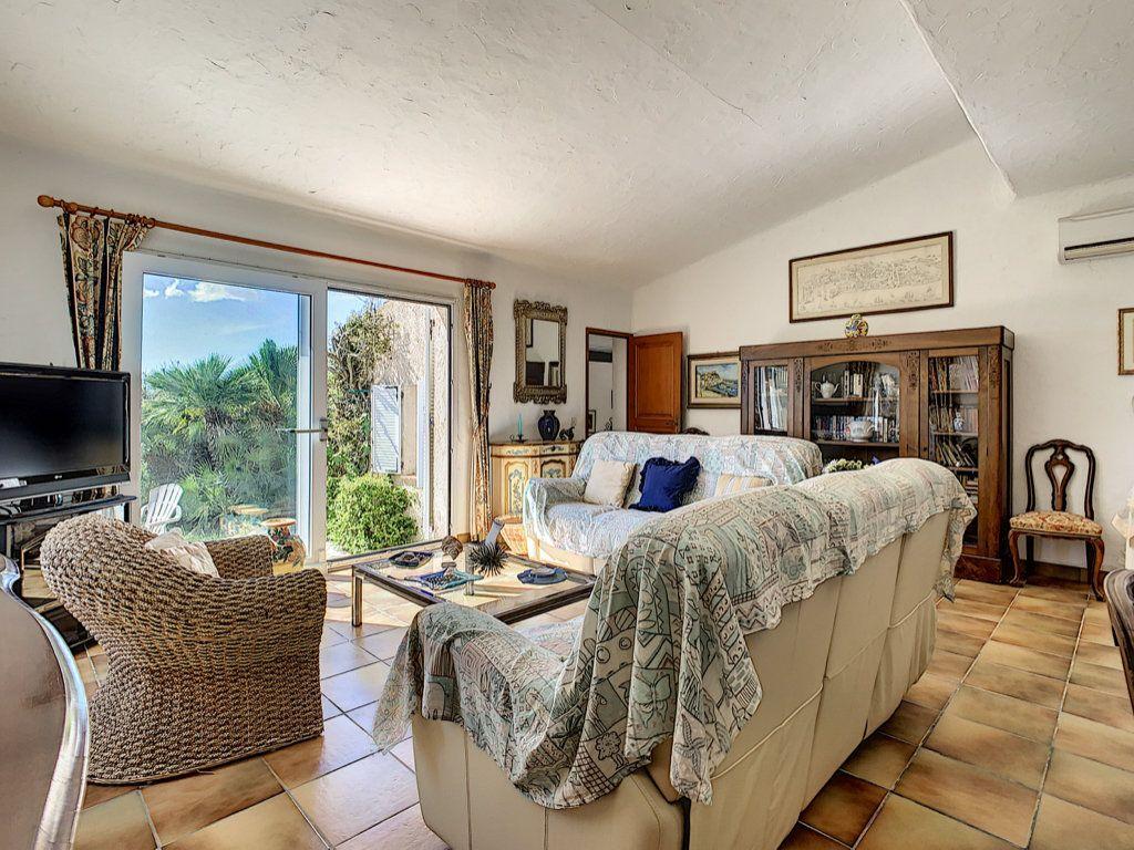 Maison à vendre 4 134m2 à Figari vignette-9