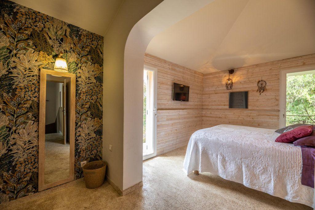 Maison à vendre 5 186m2 à Porto-Vecchio vignette-11