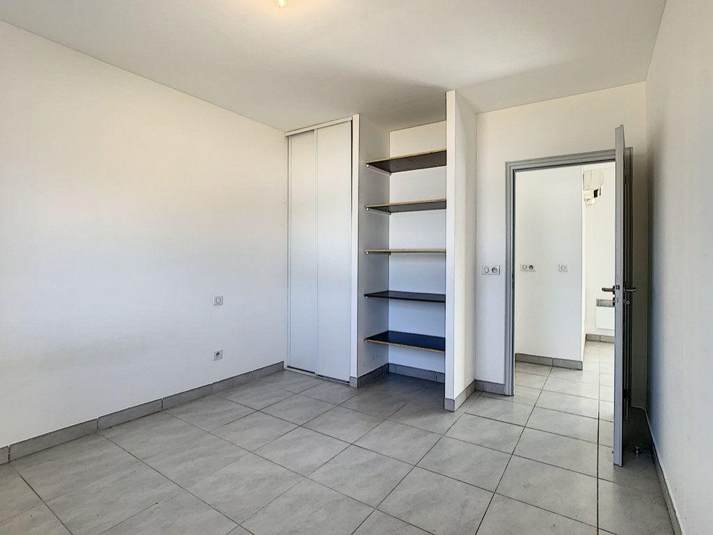 Appartement à vendre 2 49m2 à Porto-Vecchio vignette-5