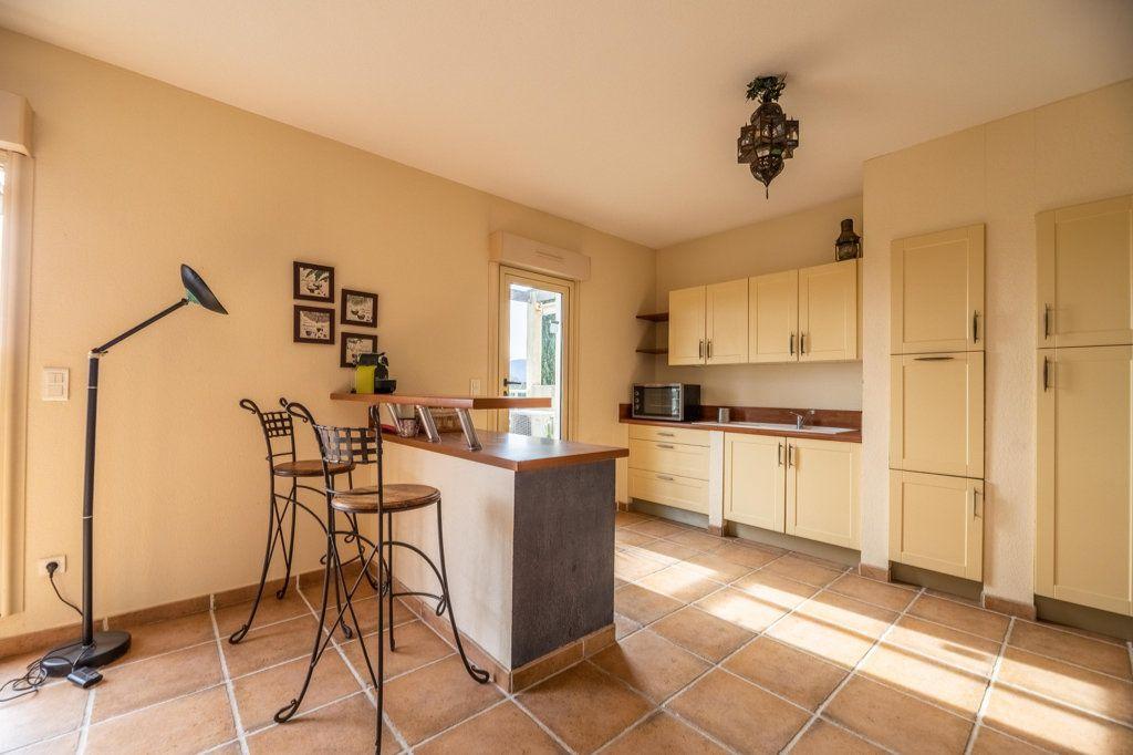 Appartement à vendre 4 146.8m2 à Porto-Vecchio vignette-5