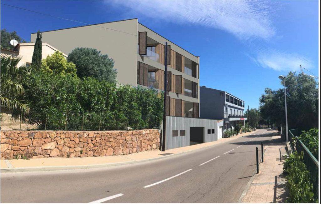 Appartement à vendre 3 101m2 à Porto-Vecchio vignette-3