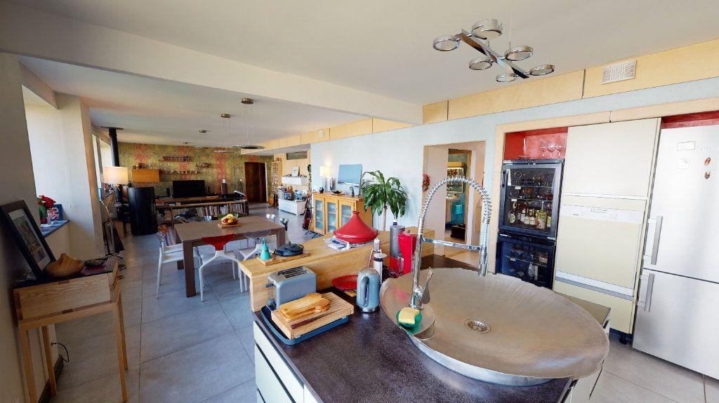 Appartement à vendre 5 155m2 à Montbrison vignette-2