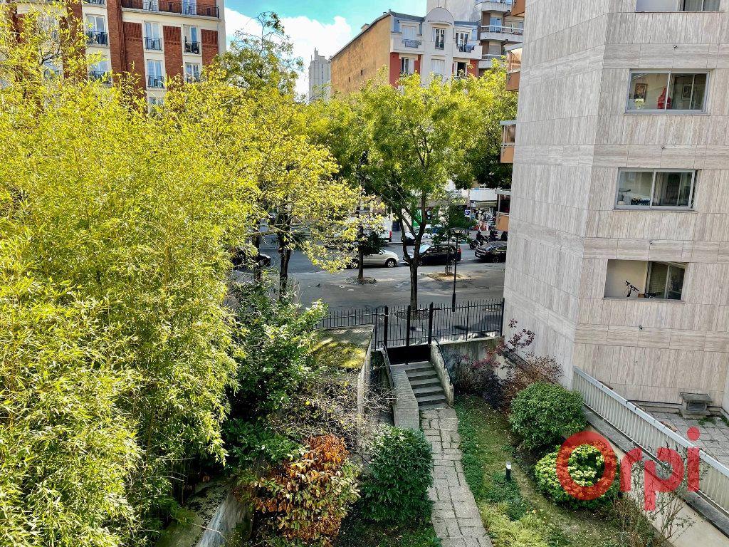 Appartement à vendre 4 98.18m2 à Paris 20 vignette-1
