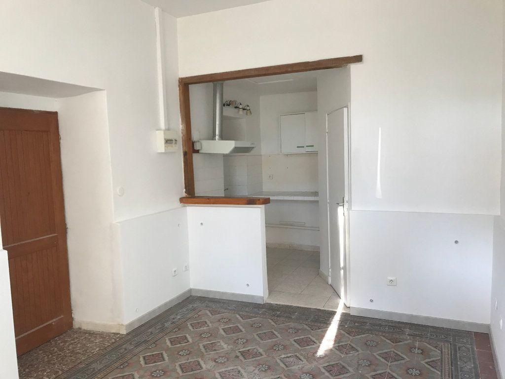 Appartement à louer 1 20m2 à Mallemort vignette-1