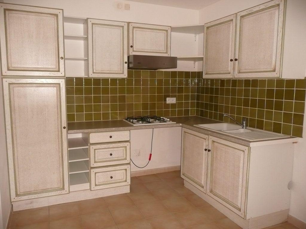 Appartement à louer 4 82m2 à Mallemort vignette-2