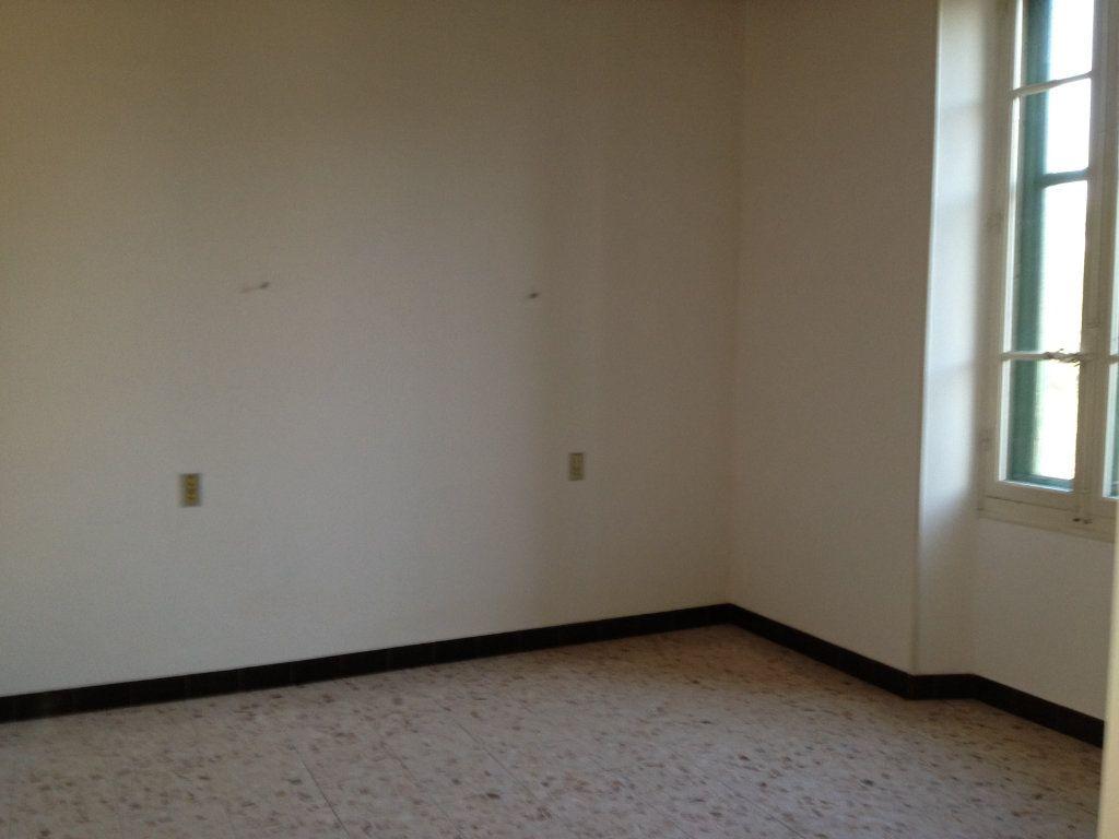 Maison à louer 3 83m2 à Mallemort vignette-5