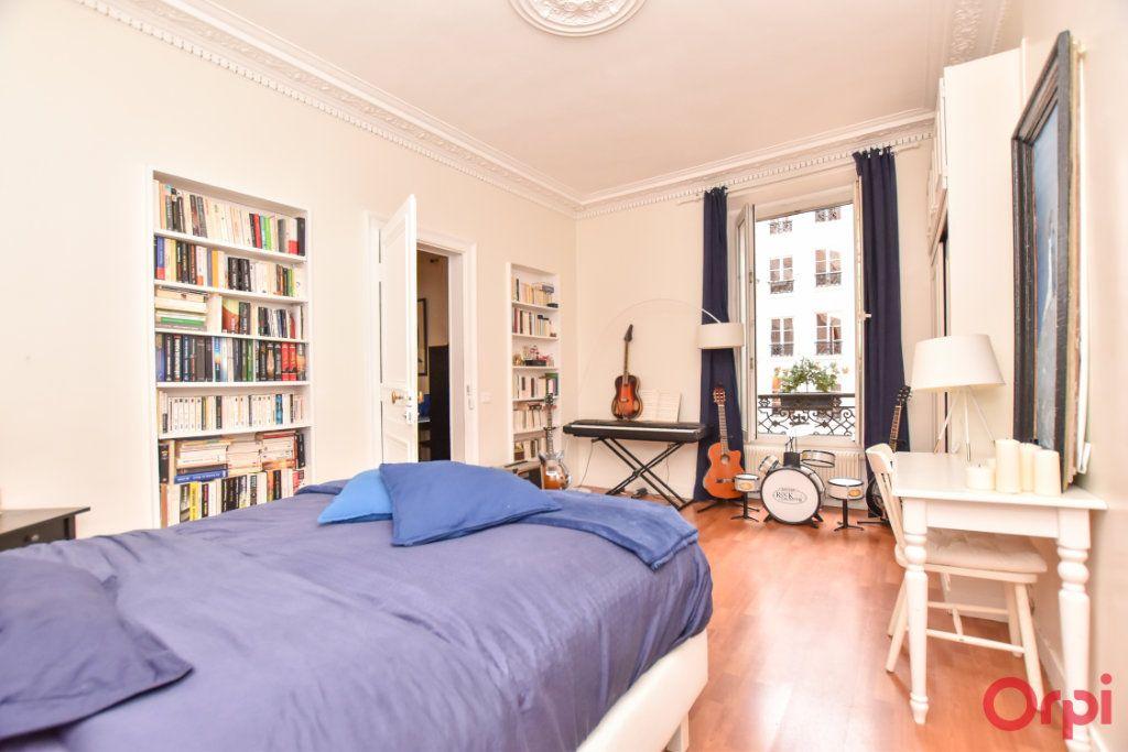 Appartement à vendre 5 128.6m2 à Paris 9 vignette-5