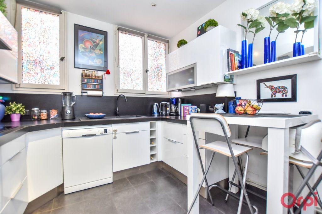 Appartement à vendre 5 128.6m2 à Paris 9 vignette-7