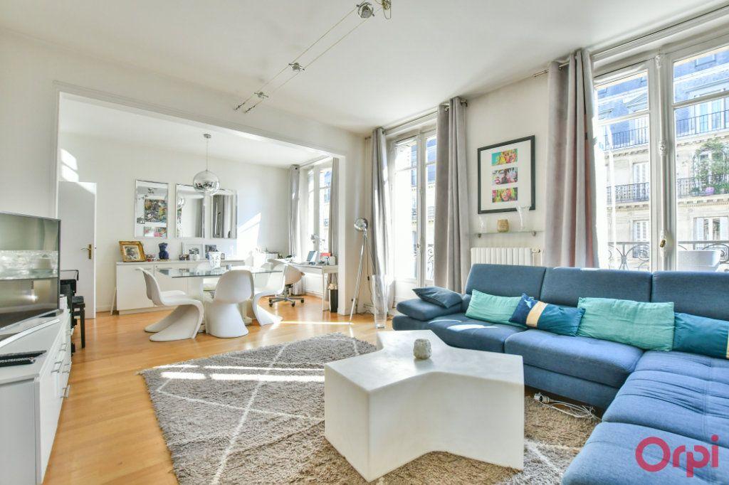 Appartement à vendre 4 100m2 à Paris 8 vignette-2