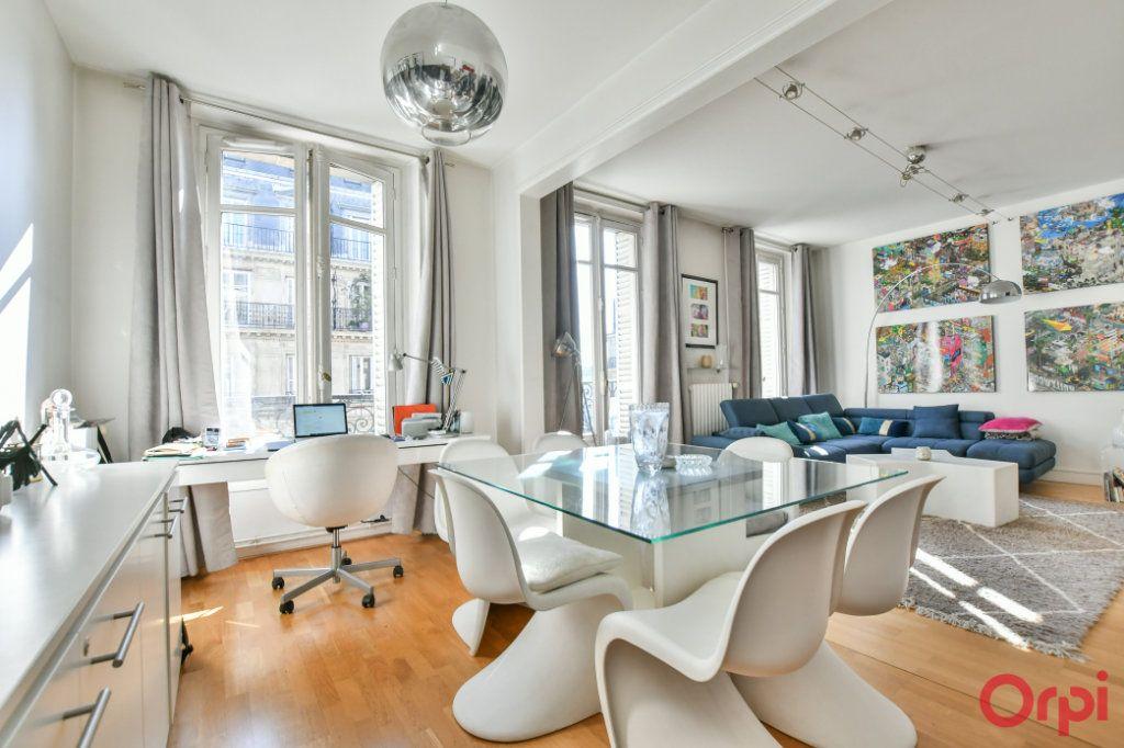 Appartement à vendre 4 100m2 à Paris 8 vignette-4