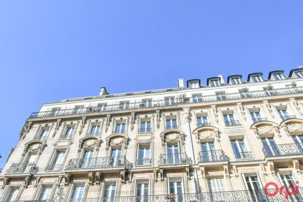 Appartement à vendre 4 100m2 à Paris 8 vignette-10