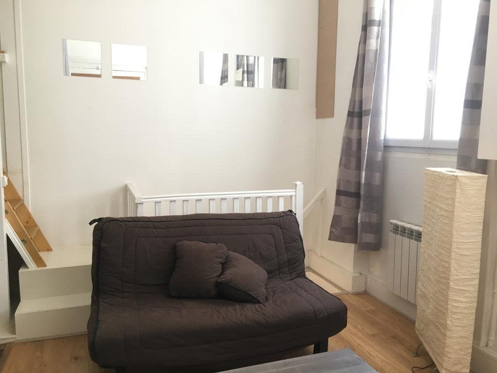 Appartement à louer 2 31.83m2 à Paris 9 vignette-2