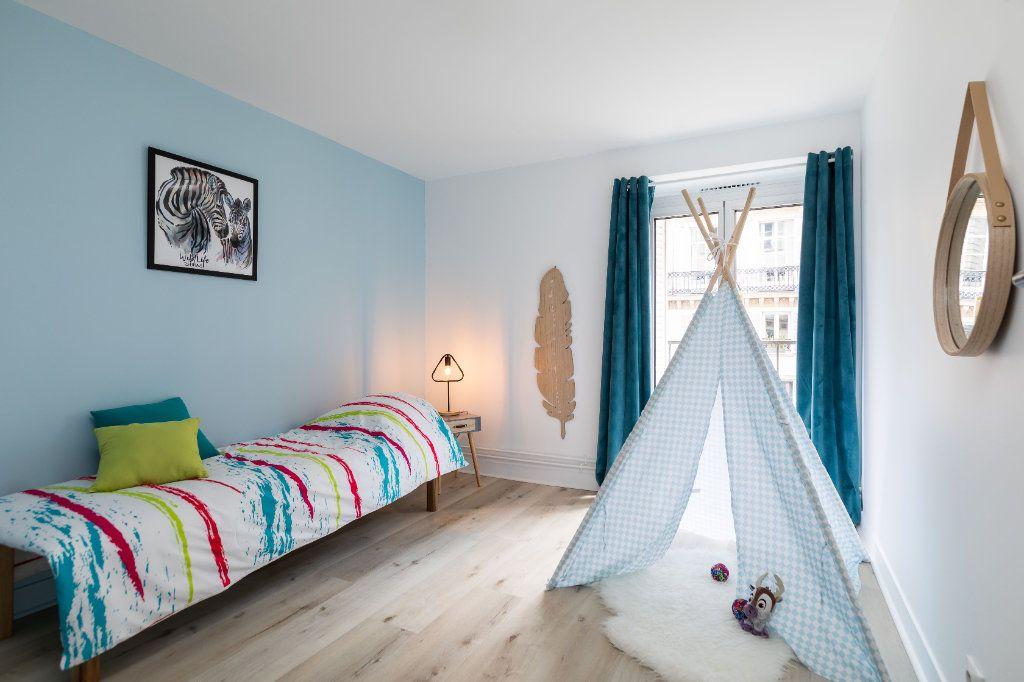 Appartement à vendre 5 122m2 à Paris 10 vignette-5