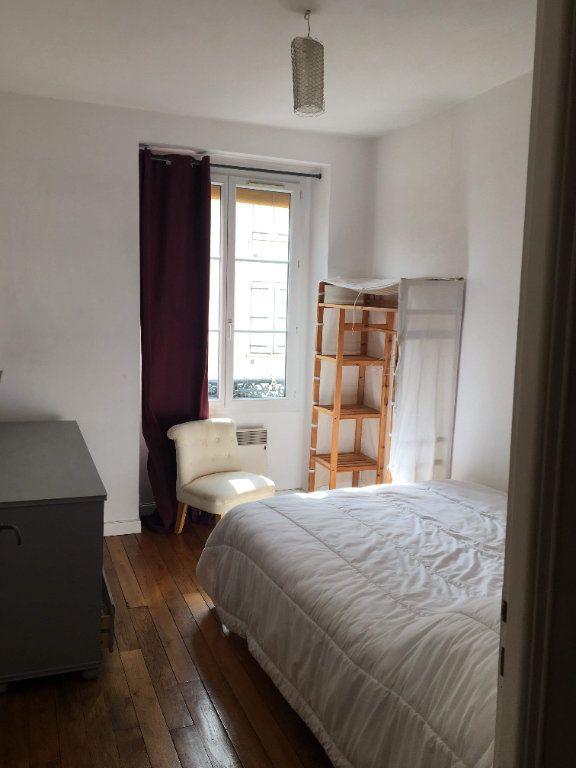 Appartement à louer 2 41.48m2 à Paris 10 vignette-3