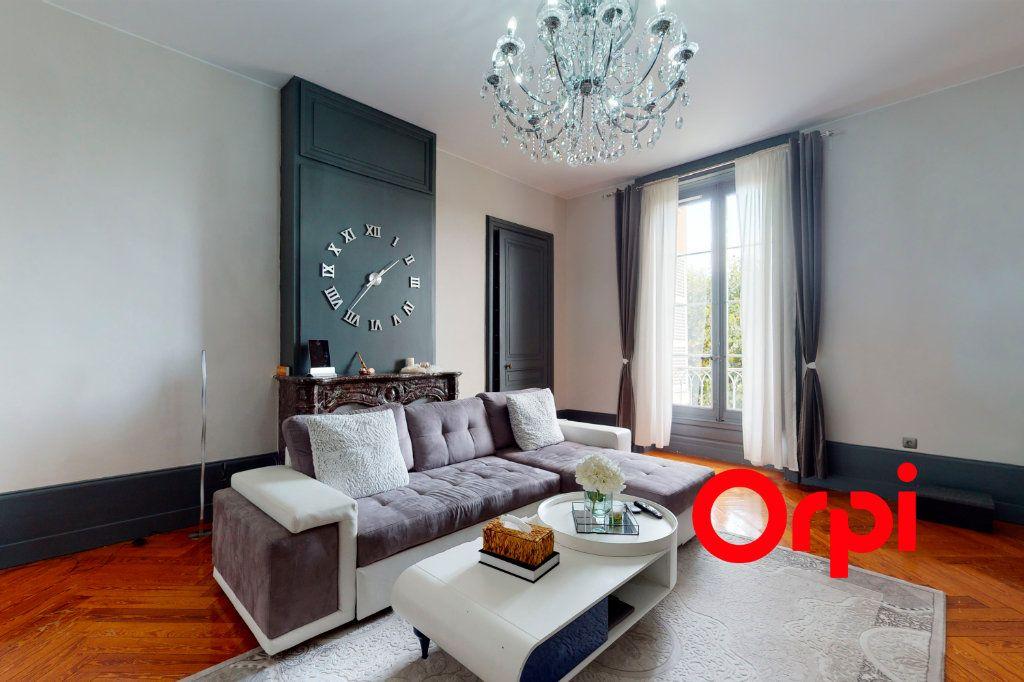 Appartement à vendre 3 90.63m2 à Fareins vignette-2