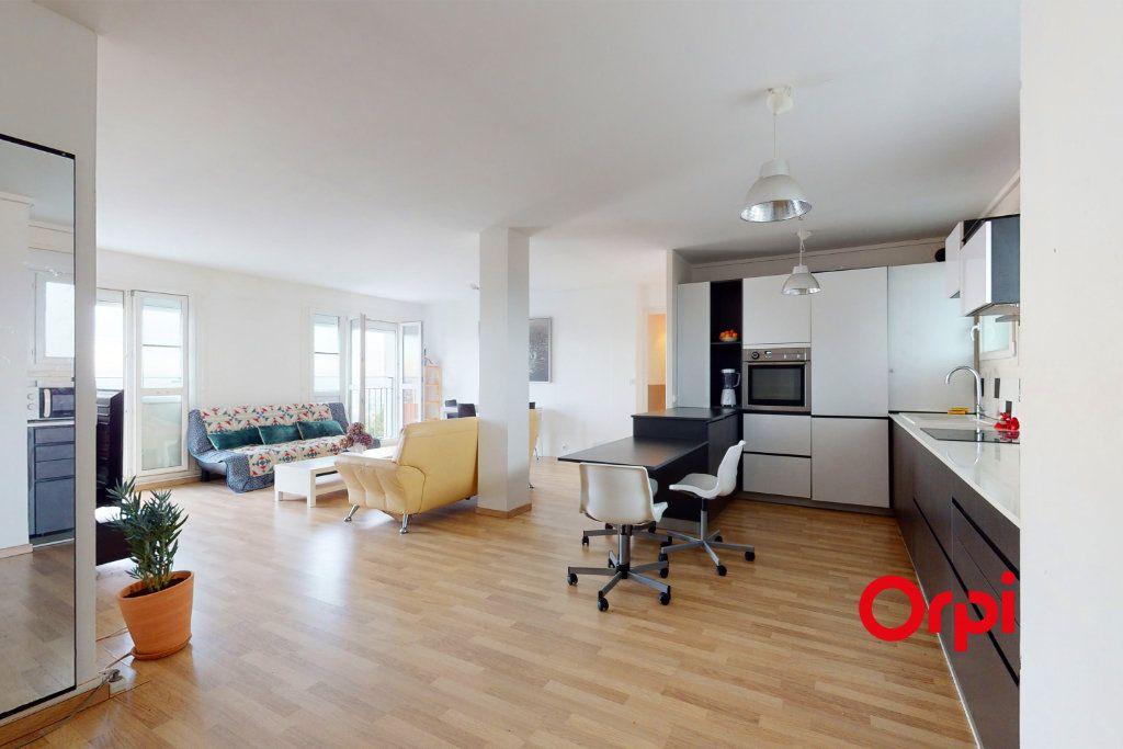 Appartement à vendre 6 143.07m2 à Lyon 5 vignette-6