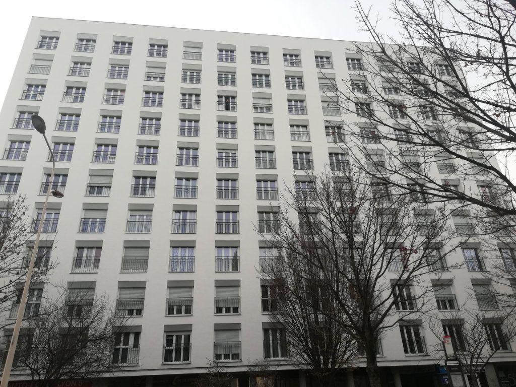Appartement à vendre 6 143.07m2 à Lyon 5 vignette-12