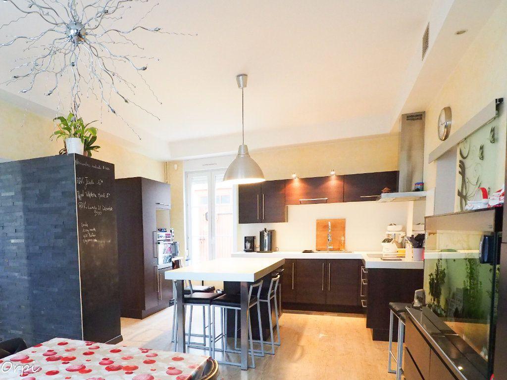Maison à vendre 9 217m2 à Cormicy vignette-3