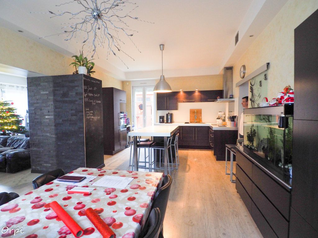 Maison à vendre 9 217m2 à Cormicy vignette-11
